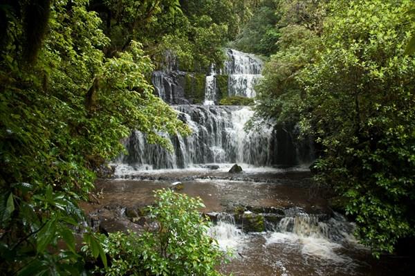 Водопады Purakaunui Falls