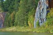 Скалы перед притоком Рудаковка