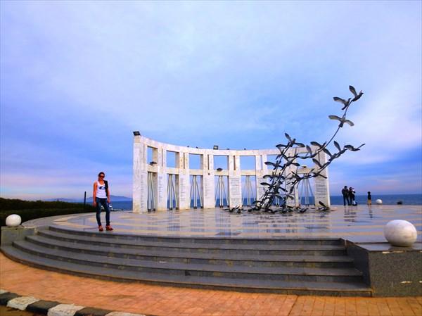 Мемориал в честь жертв авиакатастрофы (Шарм-эль-Шейх)