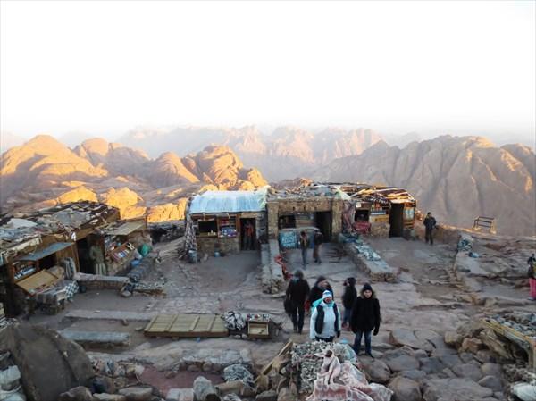 Площадка на вершине г. Синай (конечная точка восхождения)