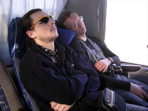 спим в автобусе