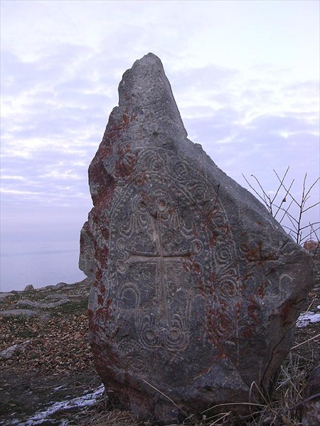 камень на острове Ахдамар
