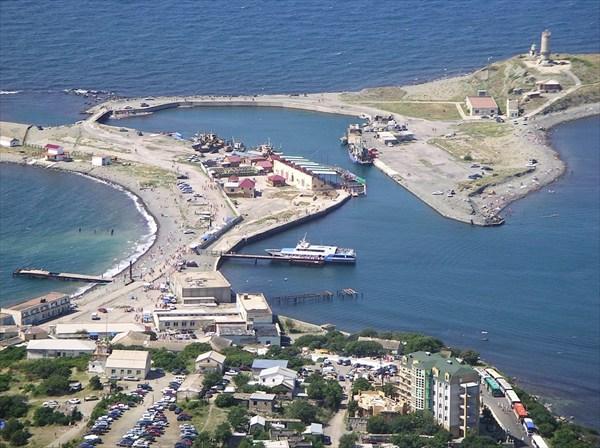 на фото: Большой Утриш, НЭМБЦ, дельфинарий и маяк