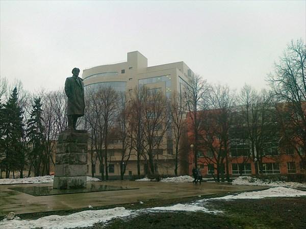 040-Сквер
