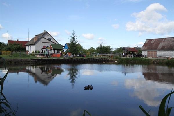 """на фото: Озеро """"у рыбака"""""""