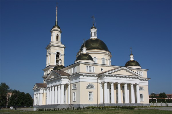 Собор близ Невьянской башни