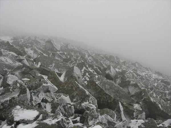 Перевал В.Арсеньева был покрыт снегом