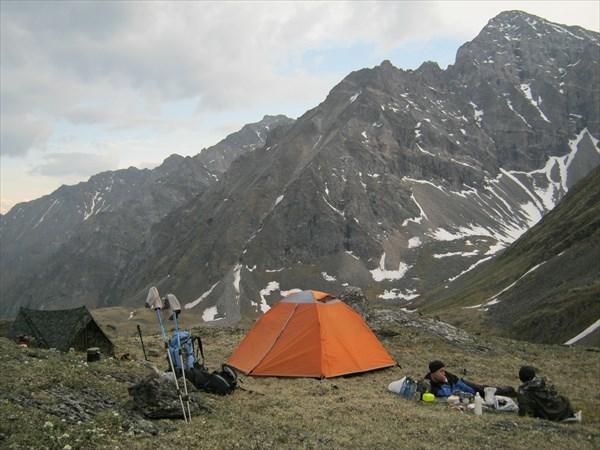 Встали лагерем не далеко от озера Елоты-Х