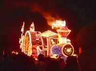 Ночной фестиваль тысячь цветных огней