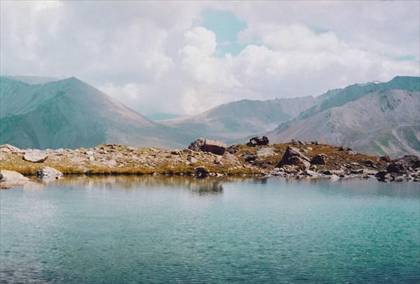 Озеро под перевалом Проходной (с северной стороны)