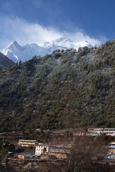 Нижний Писанг, Непал