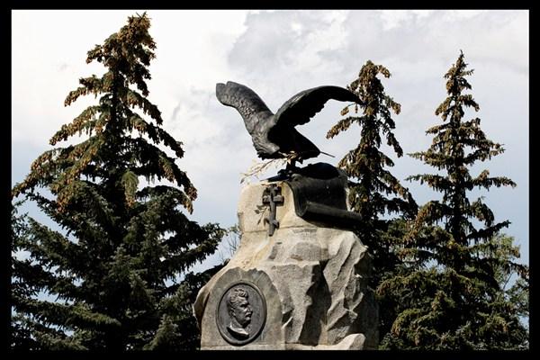 памятники-2