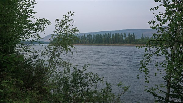Вид на  Чару от зимовья Жарковых