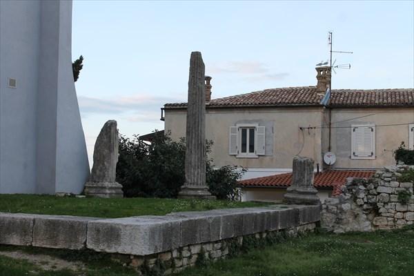 Развалины римской архитектуры