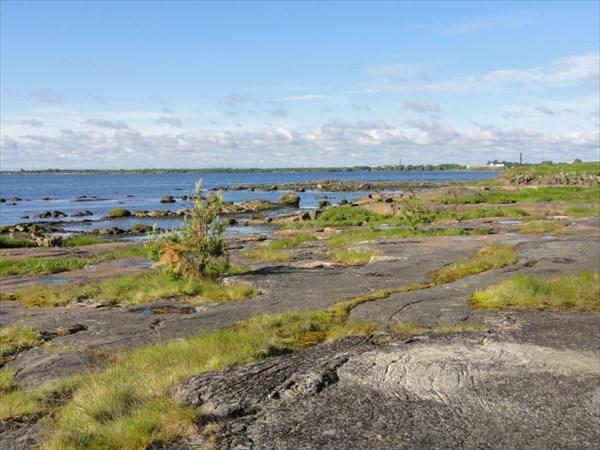 Берег моря в Беломорске.