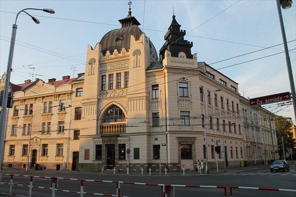 Бывшая синагога