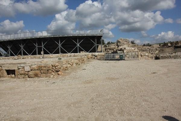 150-Амфитеатр