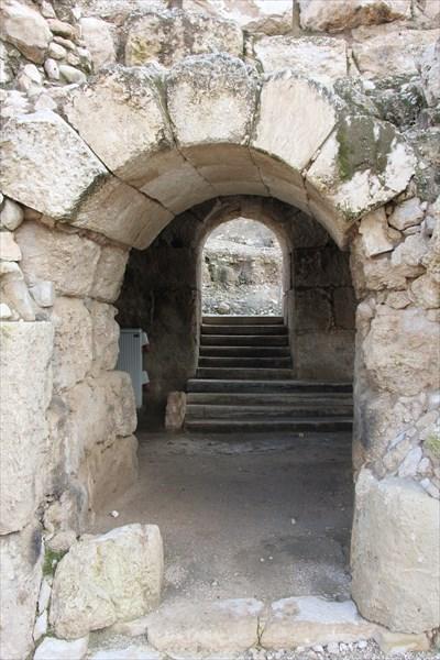 168-Амфитеатр
