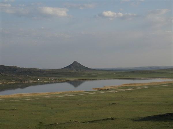Озеро  Монастырское (Айыр)