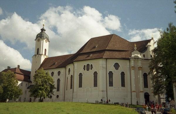 Вискирхе - паломническая церковь деревни Вис