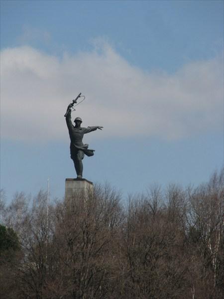 Памятник войны