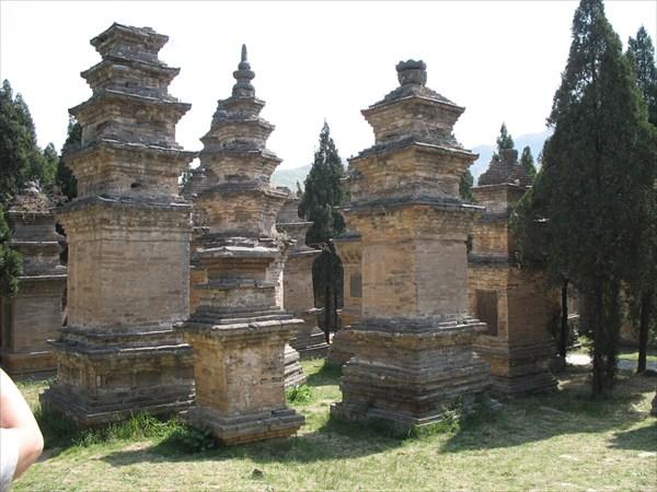 Кладбище монахов монастыря Шаолинь