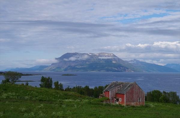 Где-то между Harstad