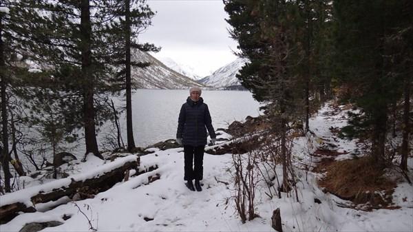 Тропа вокруг озера