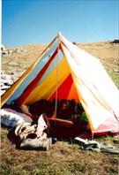 Днем в лагере очень жарко