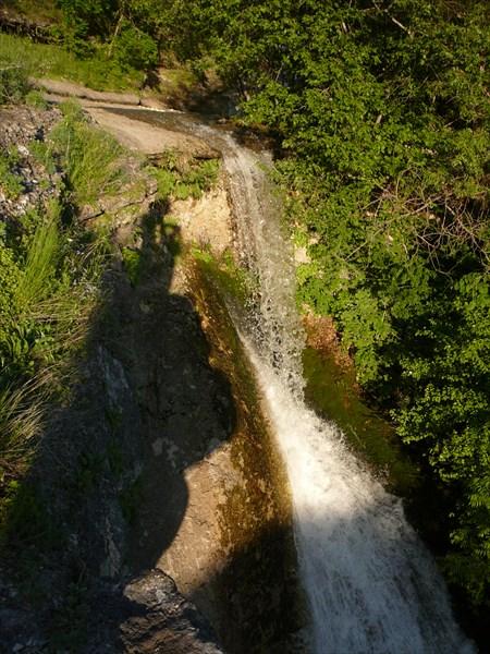 Этот же водопад