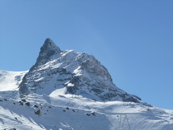 Церматт. подъёмник идёт на высоту 4 000 метров
