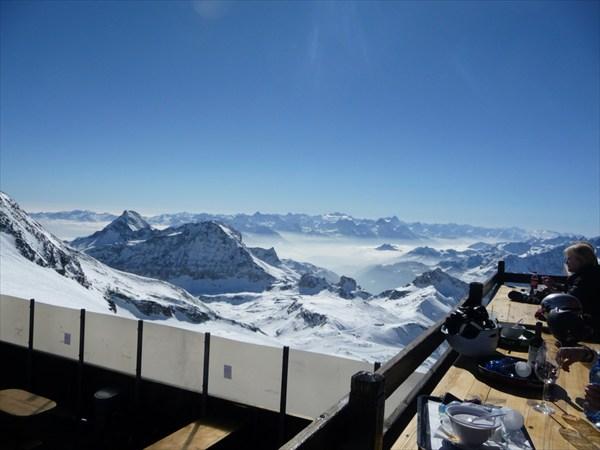 Церматт. Вид с 4 000 метров на Италию (Червиния)
