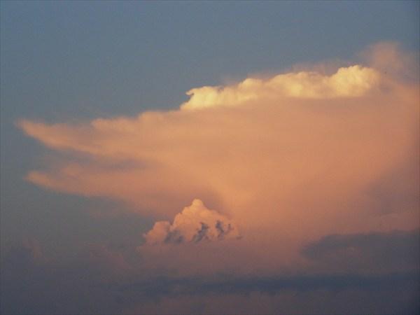 И даже облако имеет вид щуки