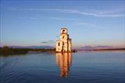Церковь. Вид со стороны Белого озера
