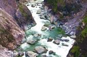 Порог-водопад `Изюминка`.