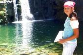 Горная речка с водопадом