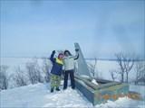 У памятника восхождению на Молодецкий курган Ленина со товарищи