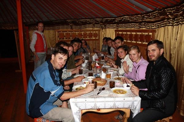 Прощальный ужин в Кочевнике