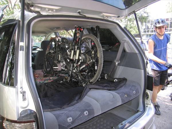 Погрузка велосипедо