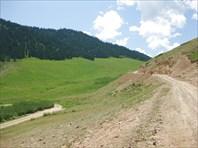 Дорога на перевал Кокбель