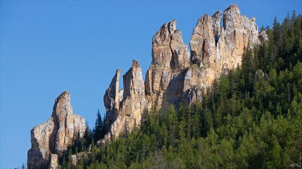 Скальный замок