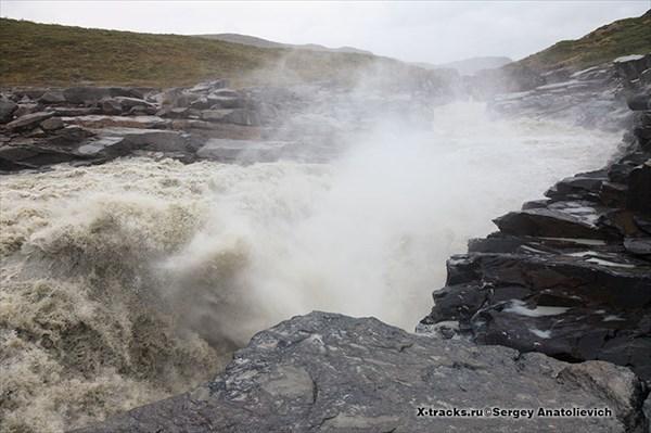 Пороги и водопады...