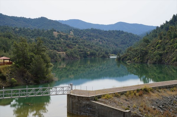 Водохранилище недалеко от Аргаки