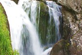 Вот и первый водопад на Жигалане