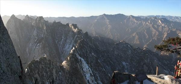 Утро на горе Хуашань
