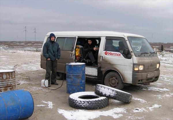 Казахская заправка.