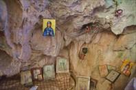 Церковь в пещере Agia Sofia