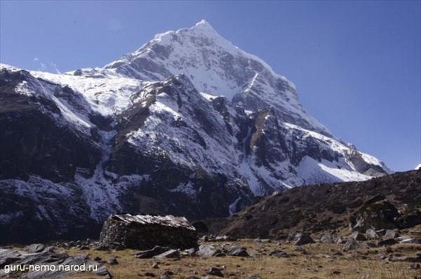 Peak 6 (6739 м)