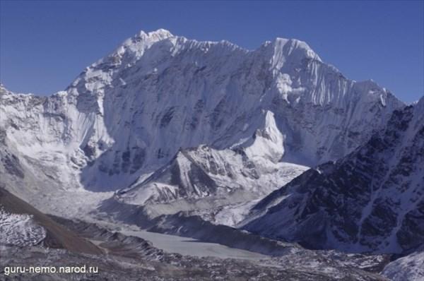 Kali Himal (7057 м) и озеро Imja Tso