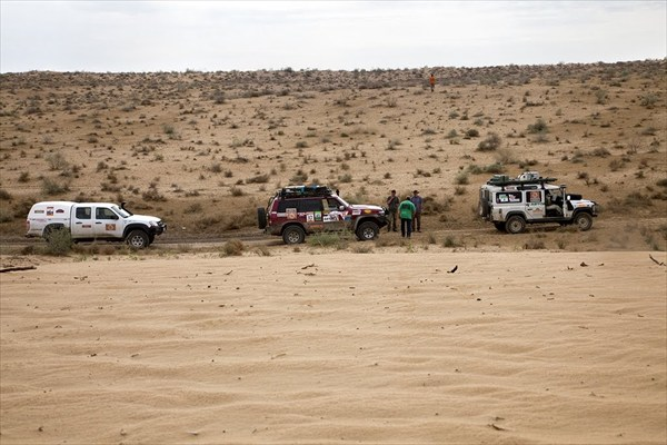 Начало пути через пустыню Каракумы